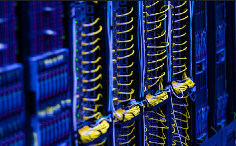 Microsoft Data Center's now up and running in Canada.